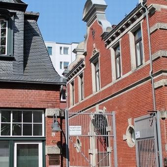 BM&P Research Köln, alte Remiese, Wache der Stadtmauer